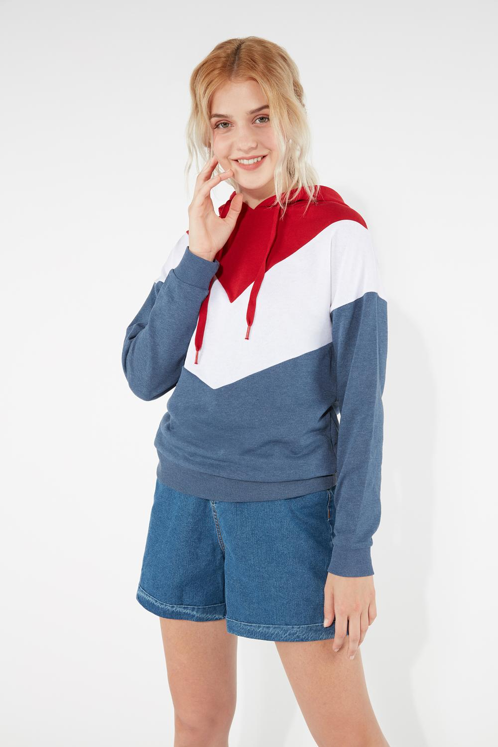 Long-Sleeved Colour Block Hooded Sweatshirt