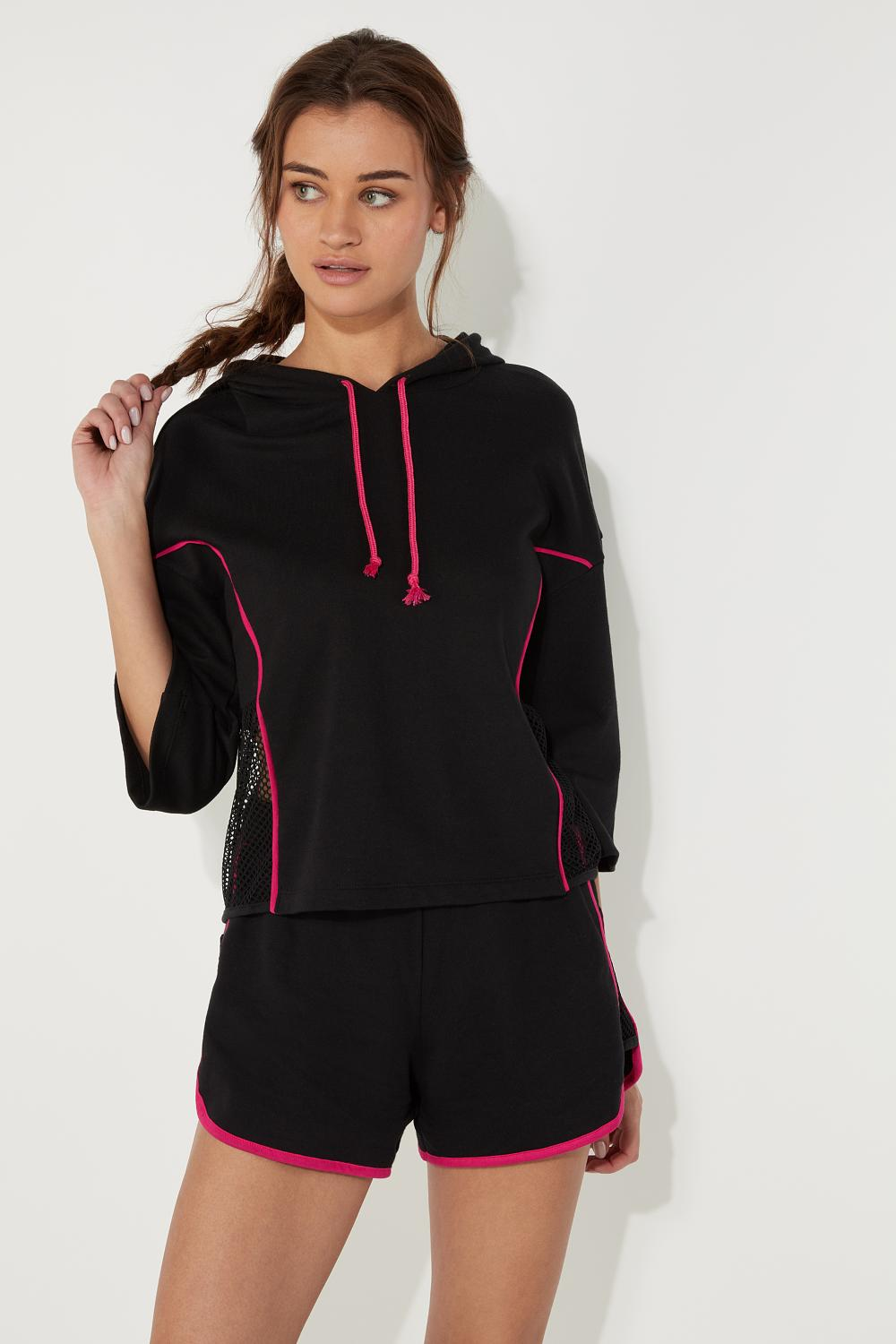 Sporty 3/4 Sleeve Sweatshirt with Mesh Inserts