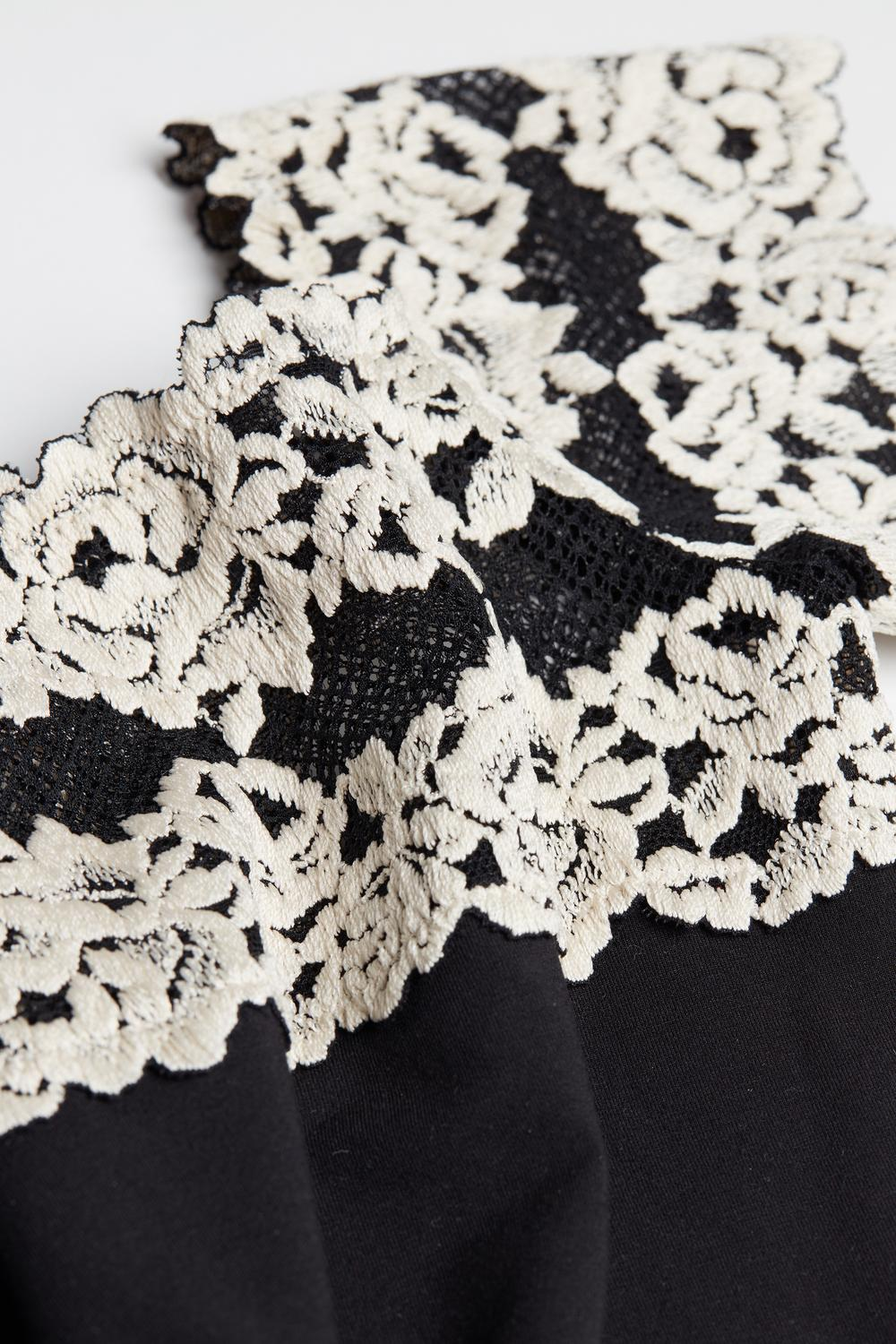 Pretty Flowers Modal-and-Lace Mid-Sleeve Bodysuit