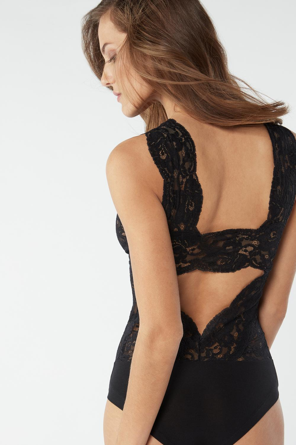 Lace Body with Wide Shoulder Straps