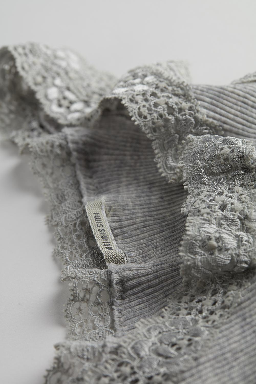 Schlauch-Top aus Wolle und Seide mit Spitze