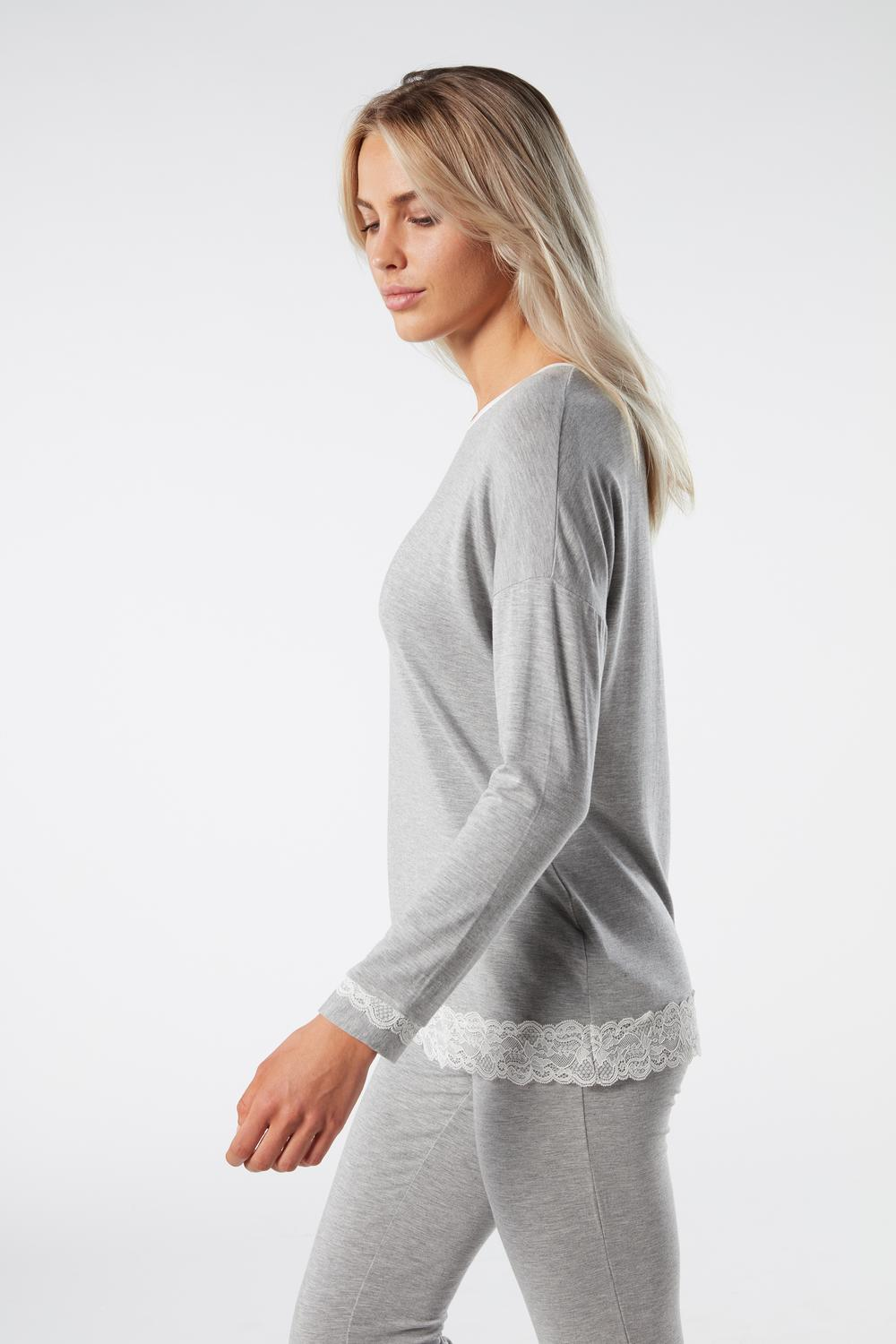 Long-Sleeve Round-Neck Modal Top