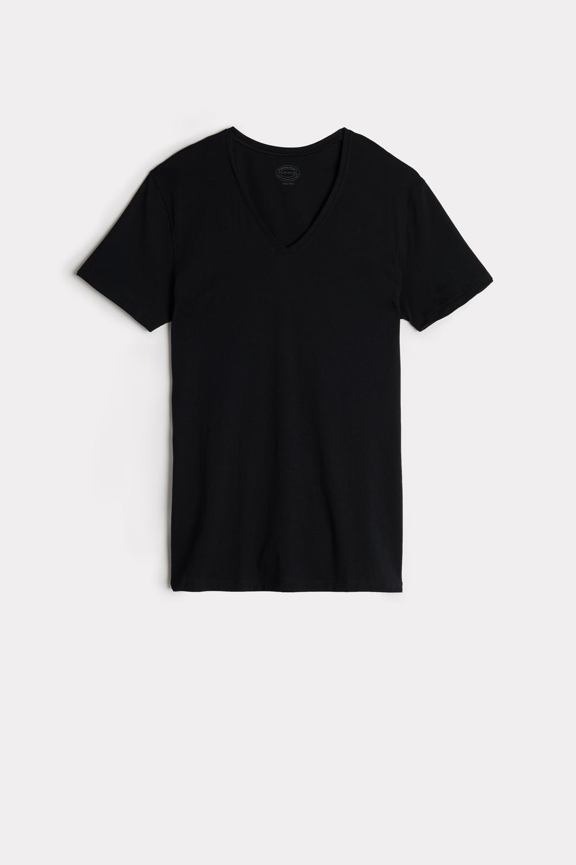 Short-Sleeve V-Neck T Shirt in Extra-Fine Supima® Cotton