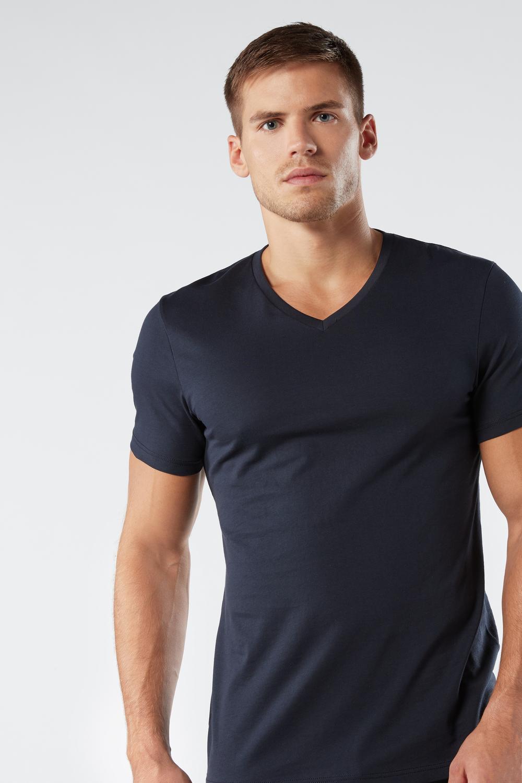 Kurzarm-T-Shirt mit V-Ausschnitt aus Supima®-Baumwolle