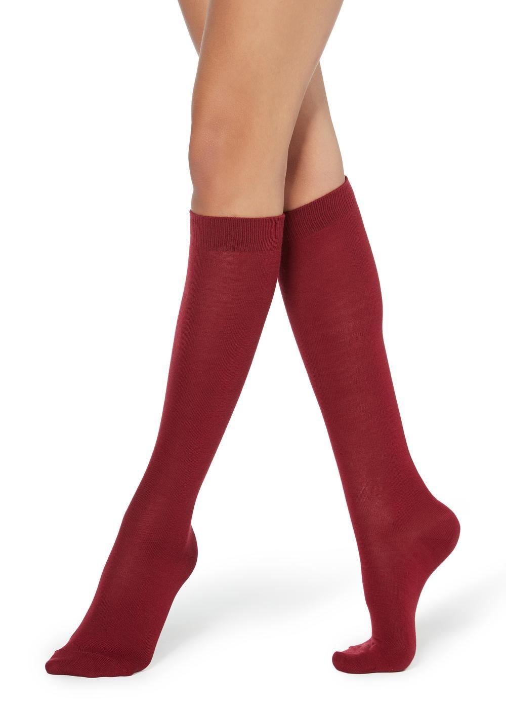 Lange Socken aus Wolle und Baumwolle