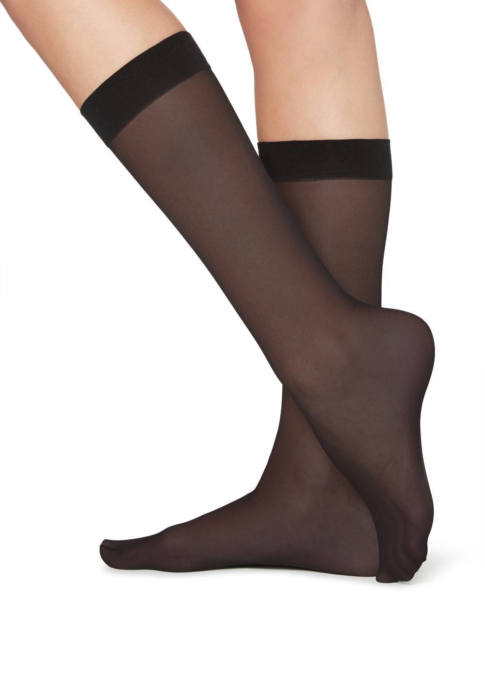 20 denové priesvitné ponožky 3/4 dĺžky
