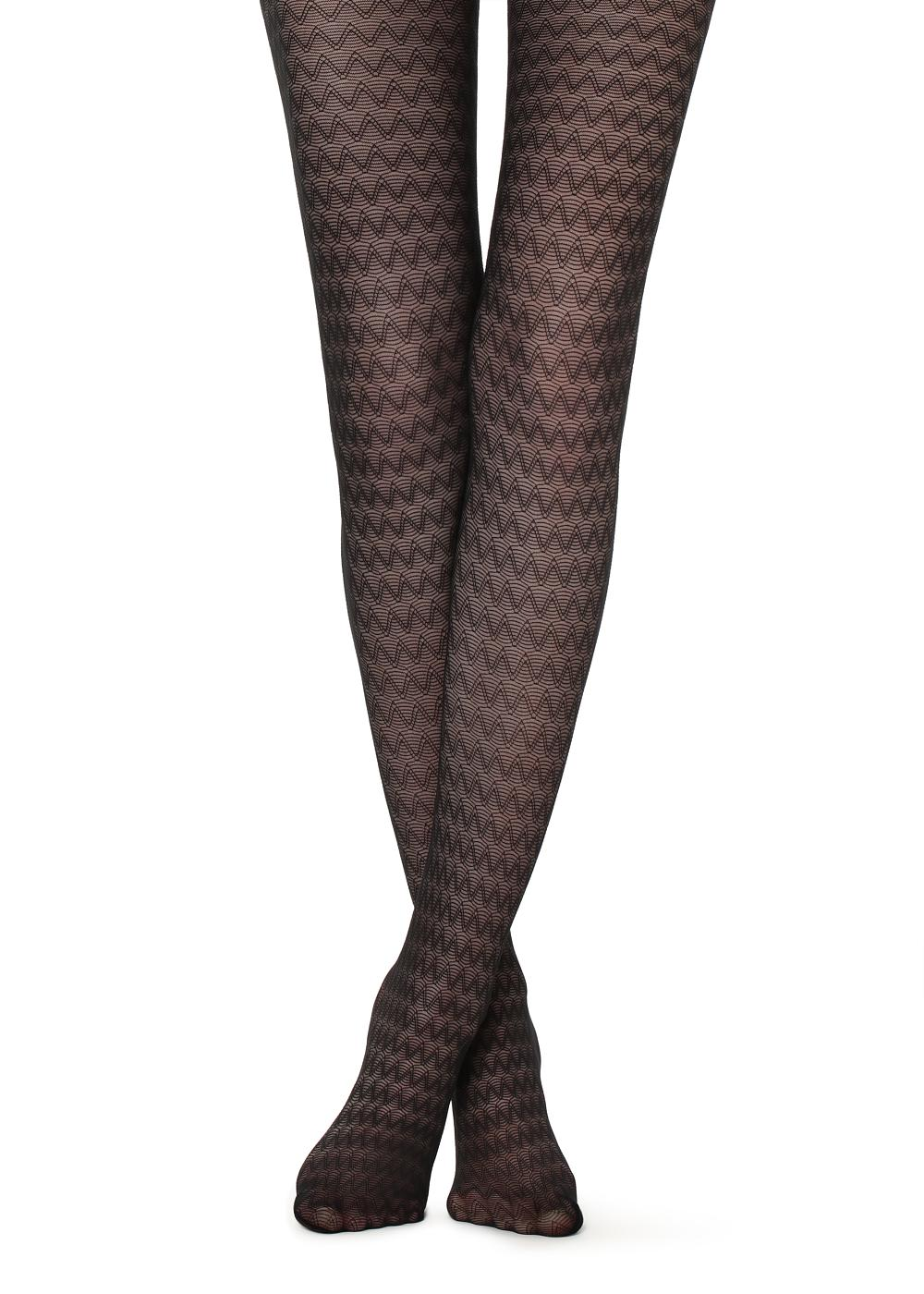 Chevron patterned tights