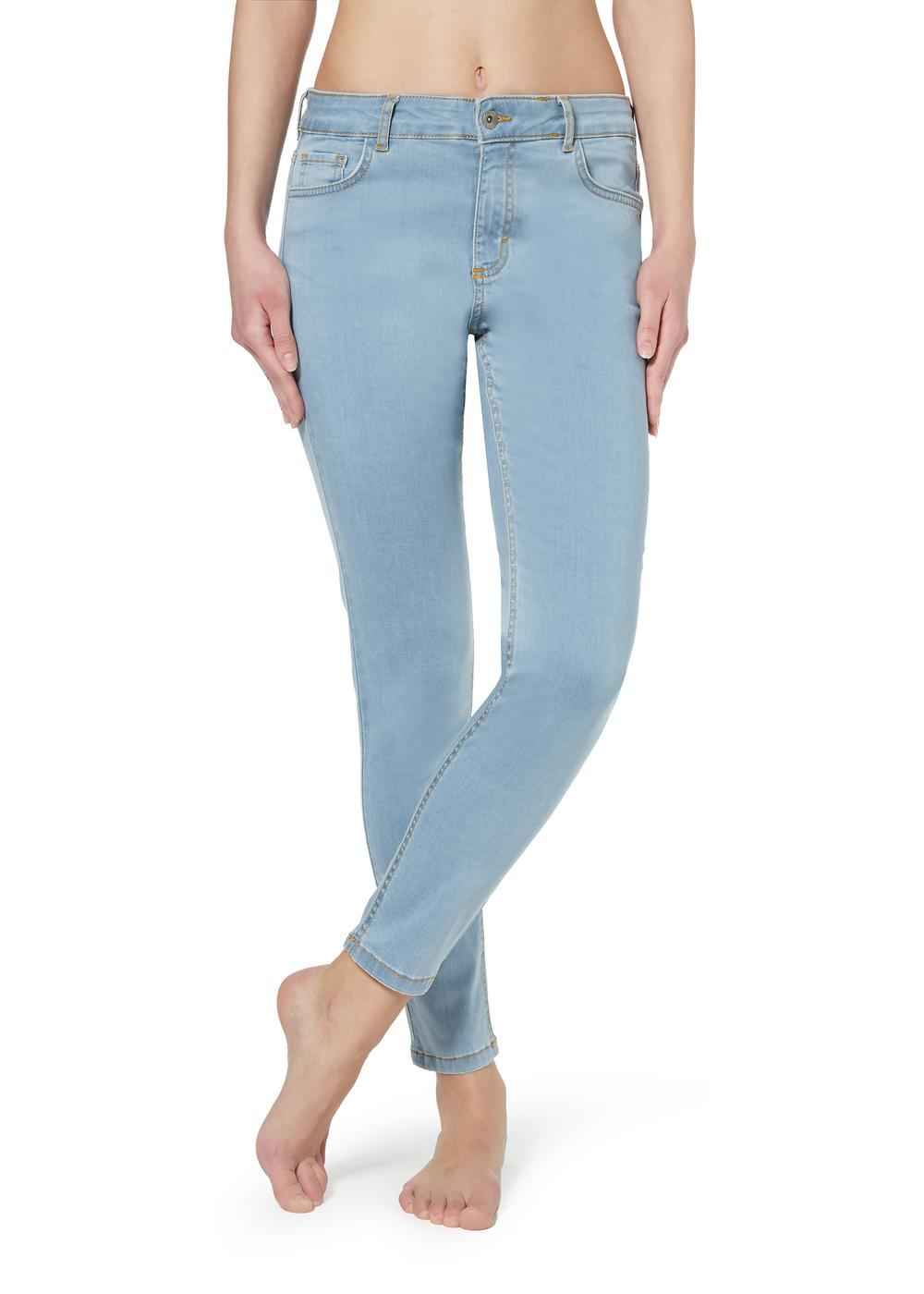 Sexy-Slim-Fit Lightweight Jeans