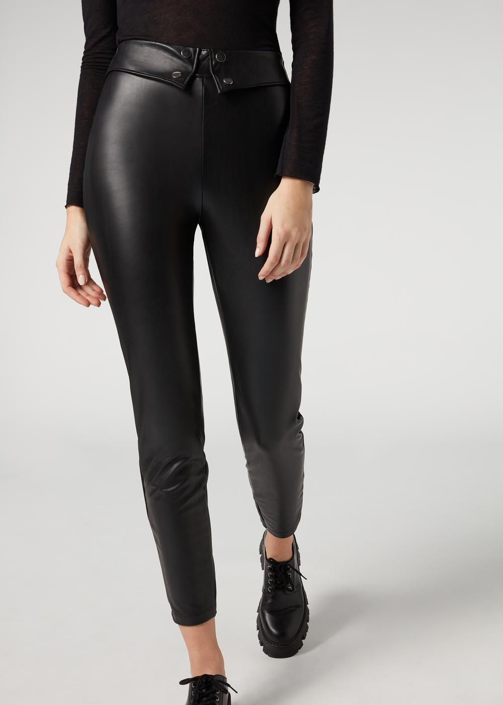 Leather-look leggings with detail at the waist