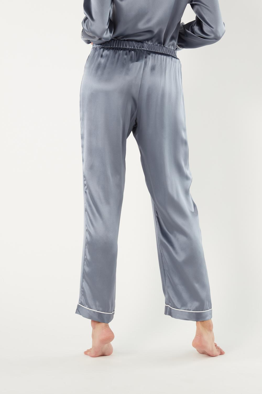 Lange Hose aus Seidensatin