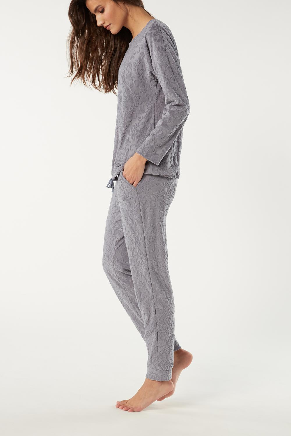Damask Pattern Long Pyjamas in Cotton Chenille