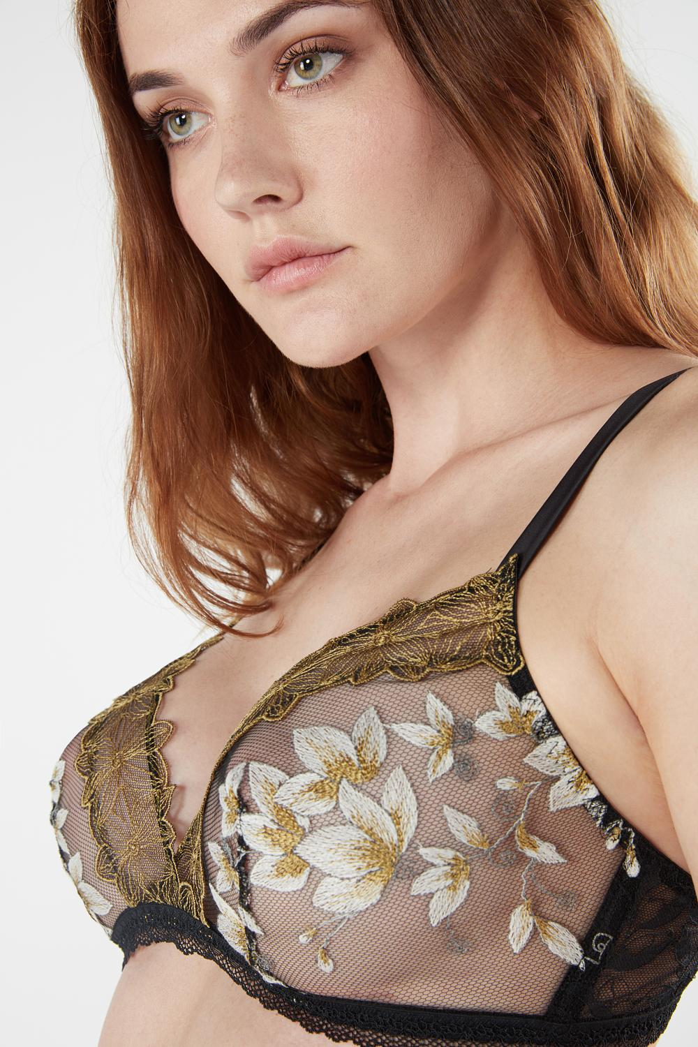 Chic Foliage Triangle Bra