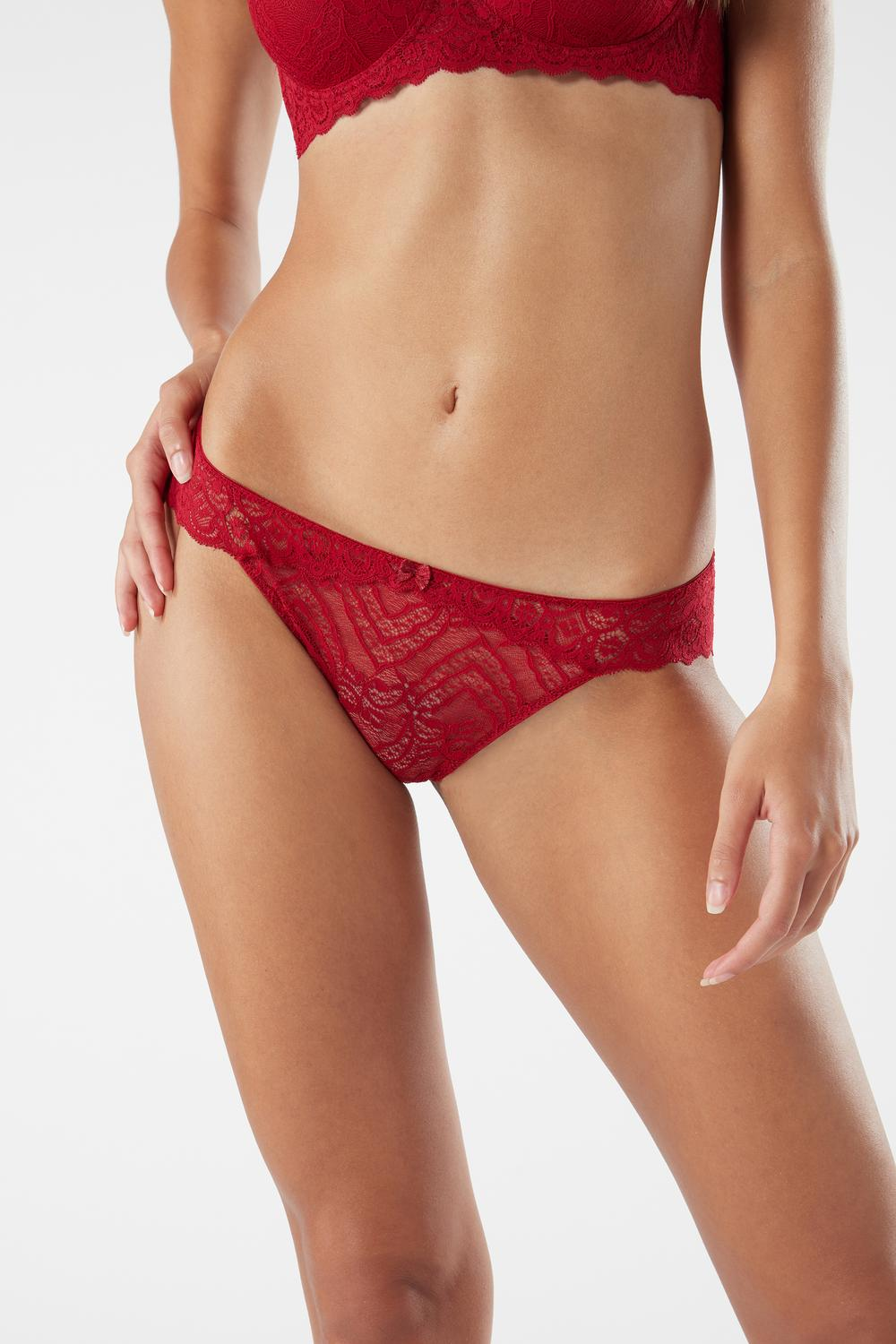 Lace Low-rise Panties