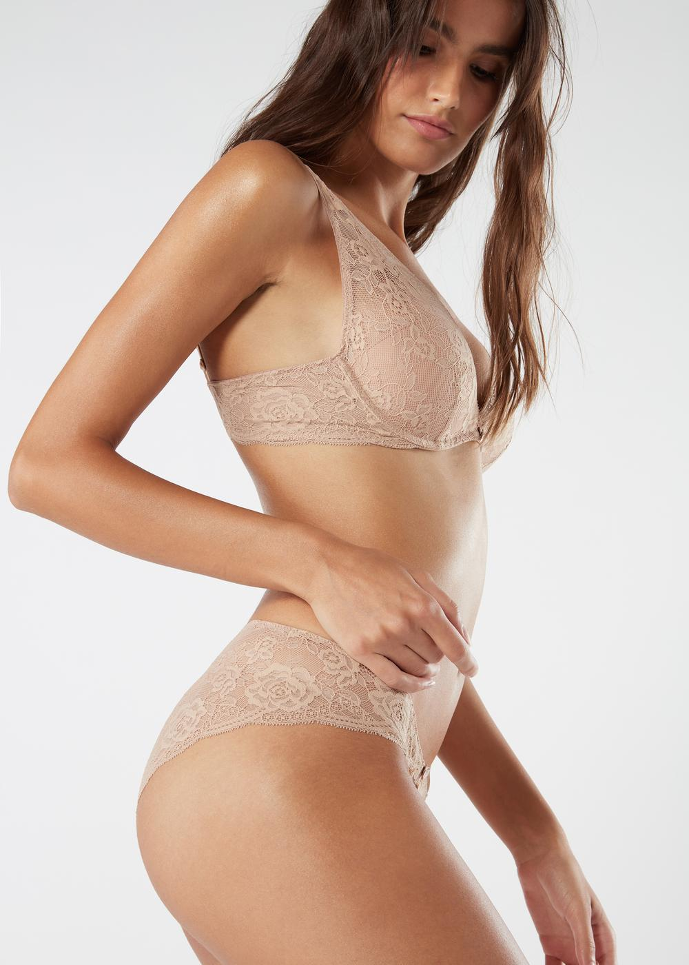 Low-Rise Lace Briefs