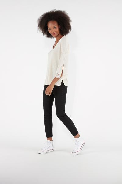 Long-Sleeved Knitted Crêpe Top with Slit