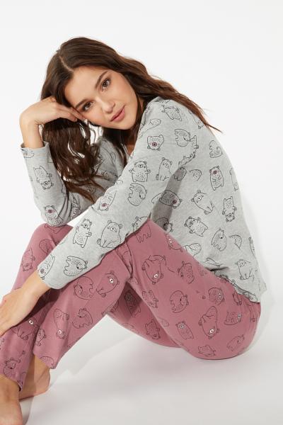 Langer Pyjama Teddy Bear
