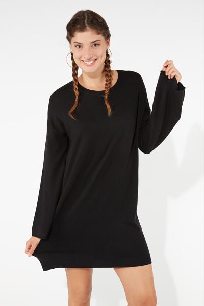 Long-Sleeved Oversized Jumper Dress
