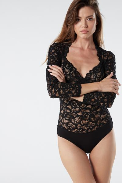 Hug Me Softly Lace Bodysuit