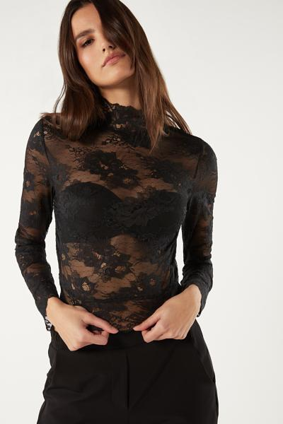 I am Fabulous Long Sleeve Lace Crop Top