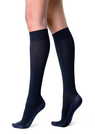40 denier sheer knee-high socks