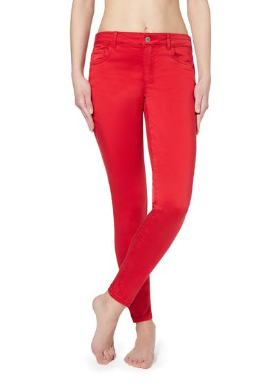 Sexy Slim-Fit Jeans in heller Waschung