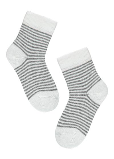 Newborn cotton ankle socks with geometric pattern