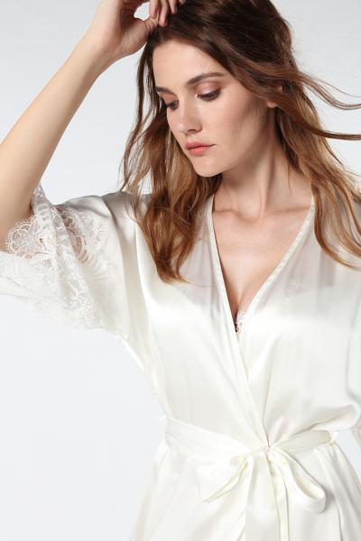 Kimono Long en Soie Timeless Elegance