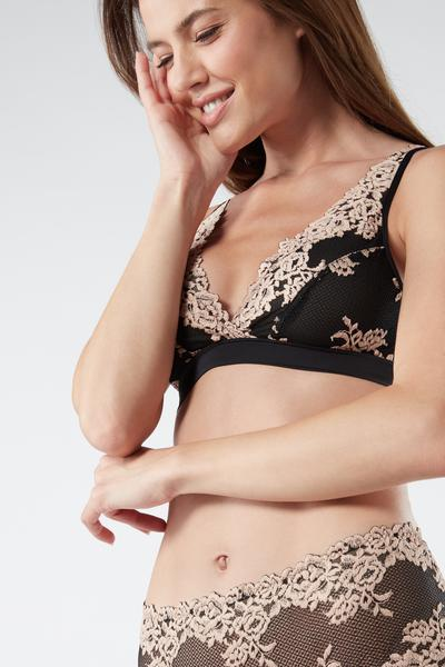 Pretty Flowers Triangle Bra in Lace