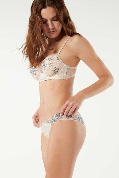 Delicate Lullaby High-Waisted Knickers