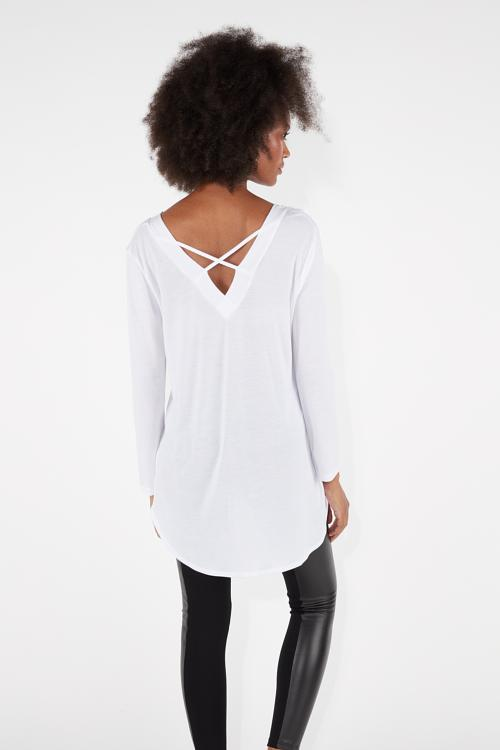8bbb34c416f5 Μακρυμάνικη Μπλούζα με Λαιμόκοψη σε Σχήμα V με Χιαστί Σχέδιο