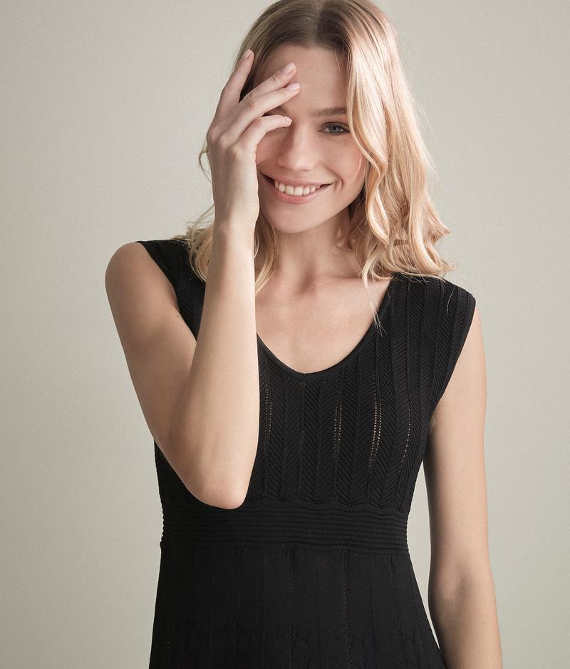 a4adccc1a1fa4f Abiti Donna Falconeri:perfetto connubio di eleganza e femminilità
